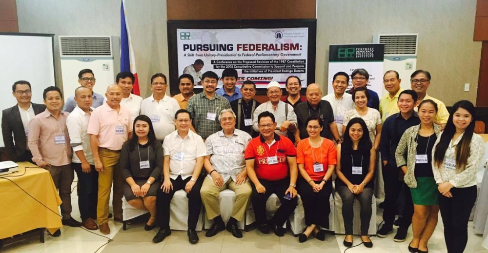 Participants and Organizers gather after the successfully concluded Pursuing Federalism Conference: Shift to Federal-Paliamentary system in Cagayan de Oro City.